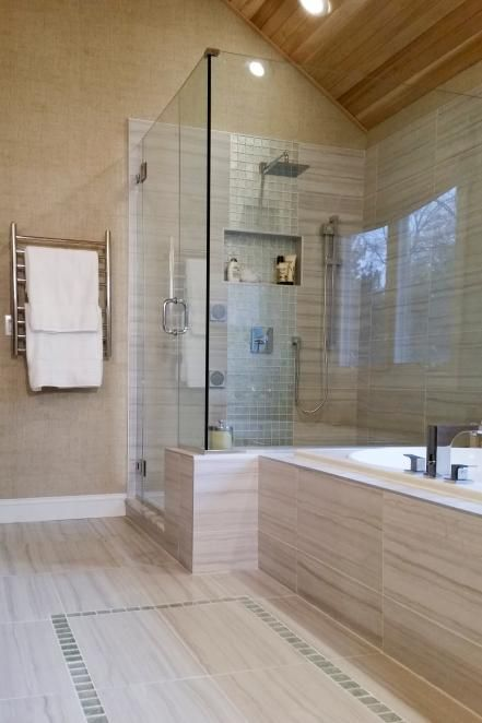 Amazing Tubs And Showers Seen On Bath Crashers Shower