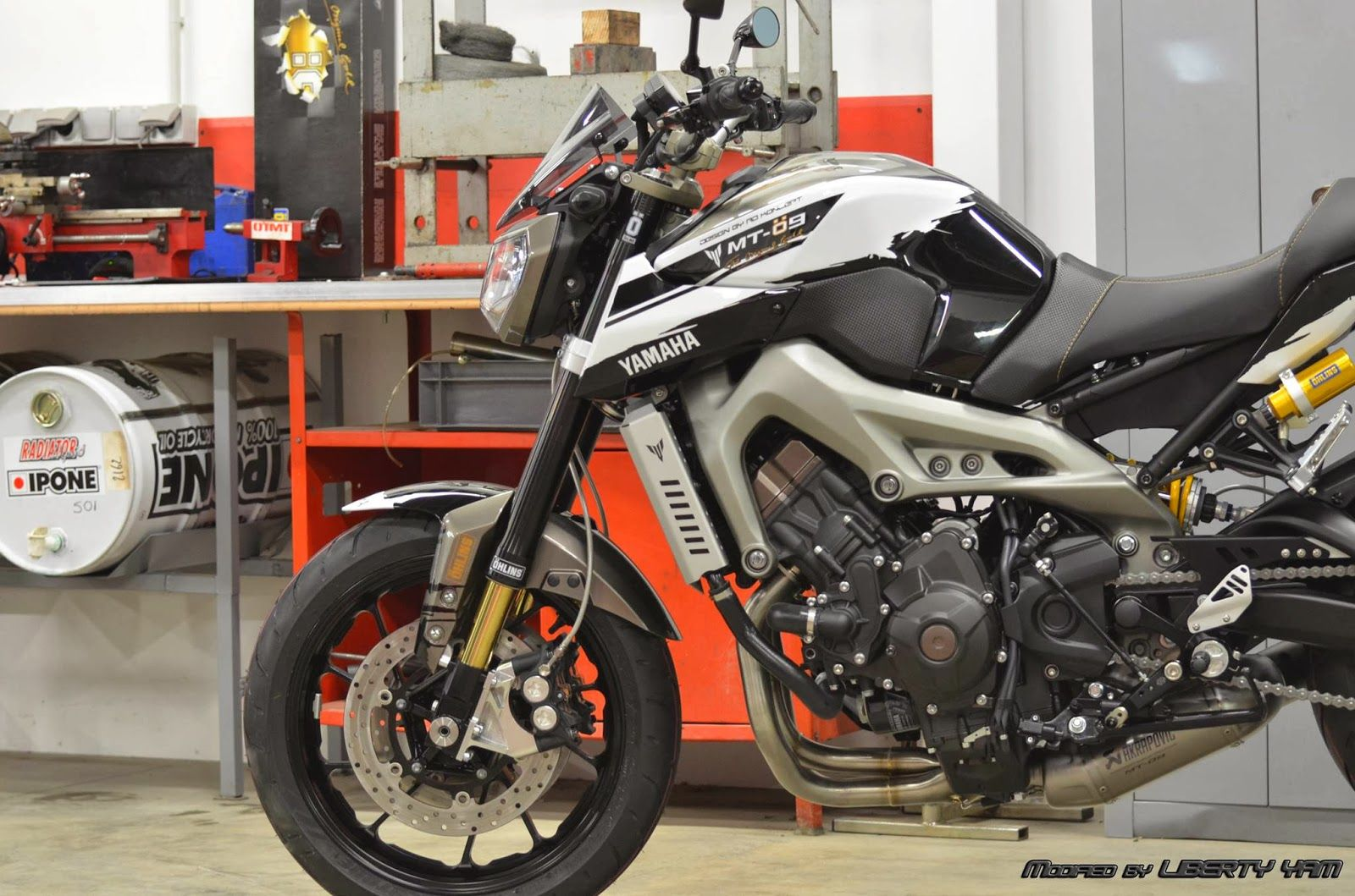 Racing caf yamaha mt 09 ohlins by liberty yam motorcycles pinterest scooter motorcycle yamaha r6 and scooters