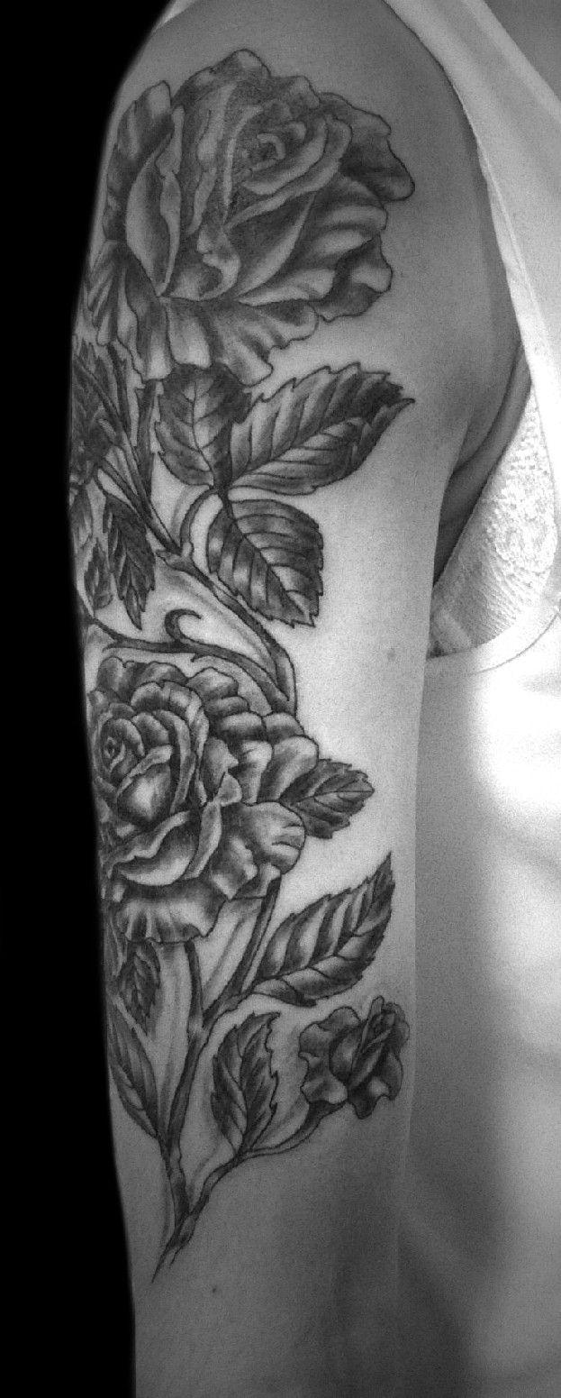 Róże Na Ramieniu Tatuaż Wykonany W Studiu Time4tattoo Www
