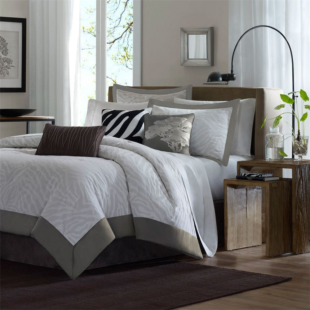 Bed and Bath Home decor, Comforter sets, Queen size