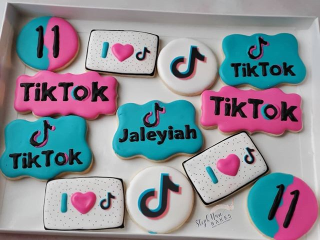 Spontaneous Hashtag Videos On Tiktok In 2021 Crazy Things To Do With Friends What To Do When Bored Boredom Cure