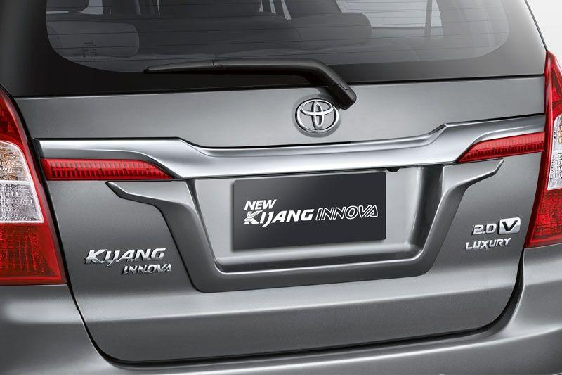 new kijang innova luxury ukuran wiper grand avanza veloz v lux bensin exterior 12 toyota