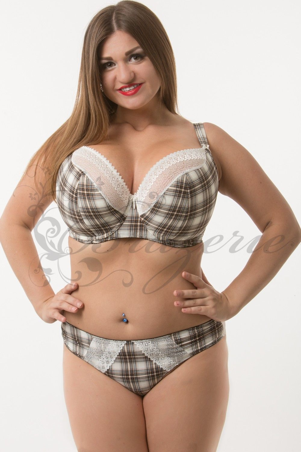 4967ce6eb6a Bra with checkered print on the chest of a big Lupoline - BRAZERIE ...