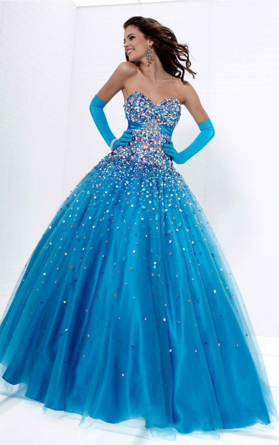 17 Best images about Blue ball gowns on Pinterest | Blue ball ...