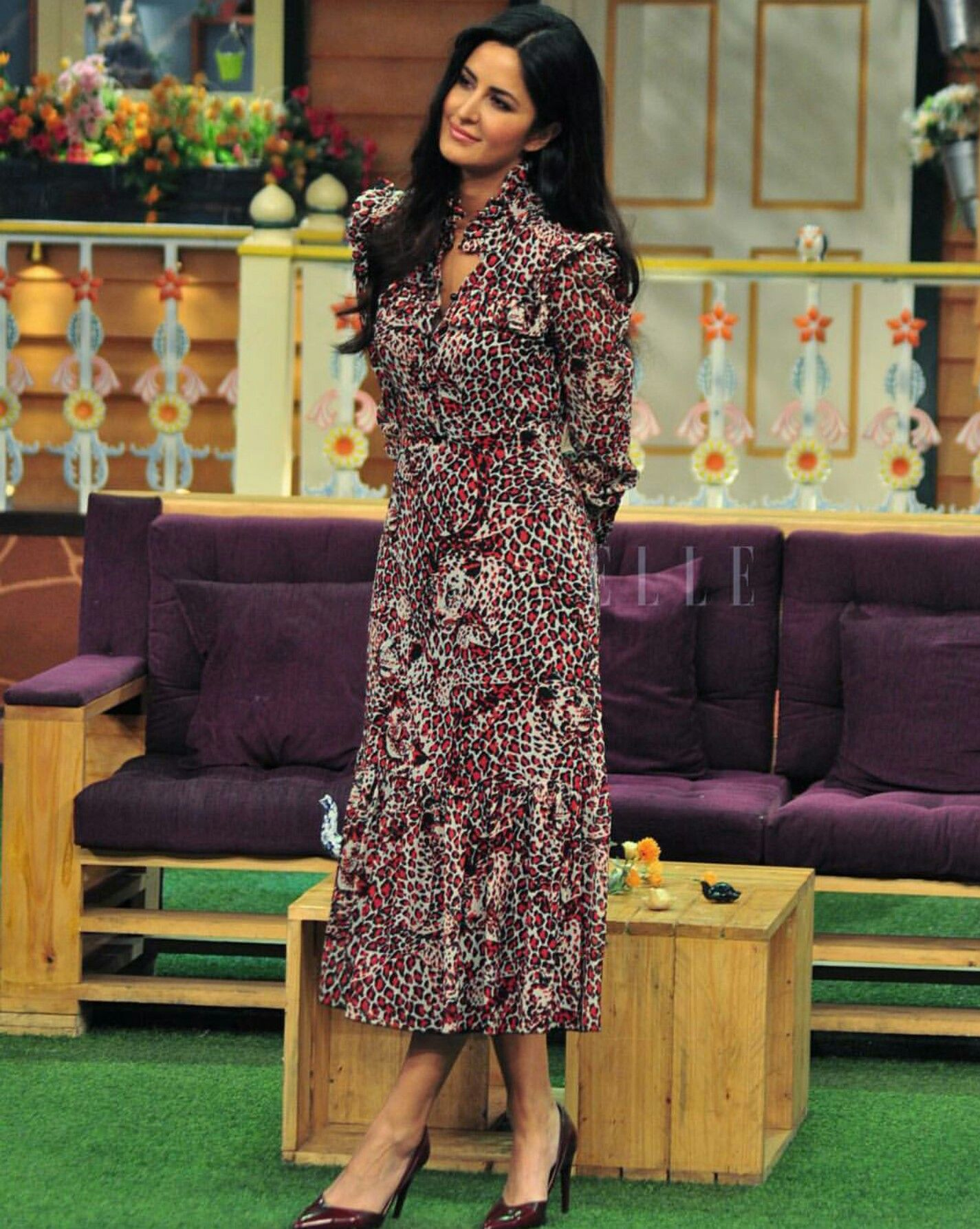 Katrina Kaif in a printed dress at Kapil Sharma Show ...