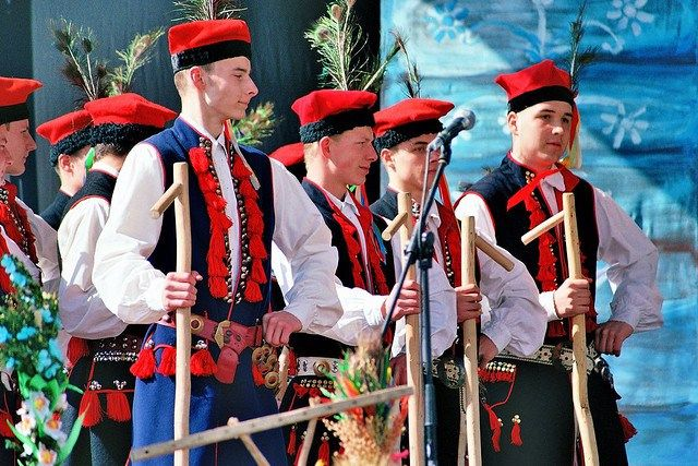 Male-folk-dancers-in-traditional-Polish-outfits.-Image-by ...