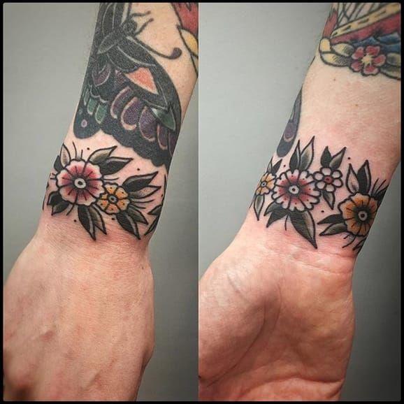 12 Classy Cuff Tattoos Cuff Tattoo Traditional Tattoo Cuff Traditional Tattoo Wrist