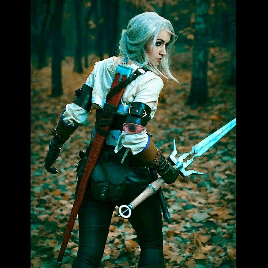 good job cosplaylover dragonage cosplaygirl costume forest good job cosplaylover dragonage cosplaygirl costume forest sword gorgeous
