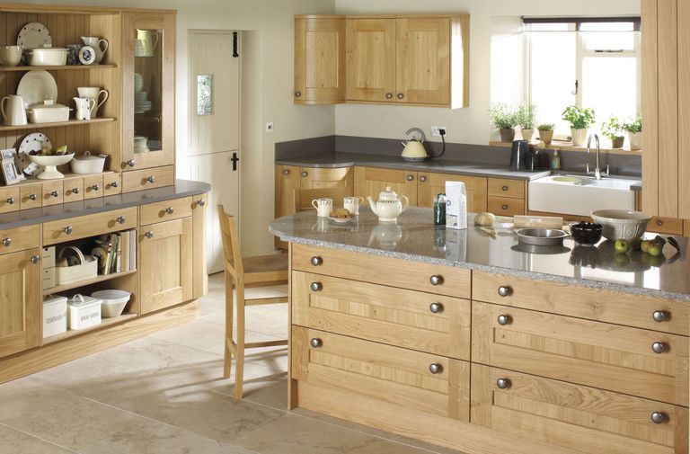 7 Ways To Create A Country Kitchen That S Fit For 2019 Classic