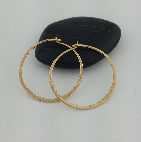14k solid gold hammered hoop earrings 18 gauge hammered 14k gold 1 size pictured metal solid 14k yellow gold wire gaugediameter 18 gauge 10mm wire slightly thicker than standard ear wire thickness greentooth Choice Image