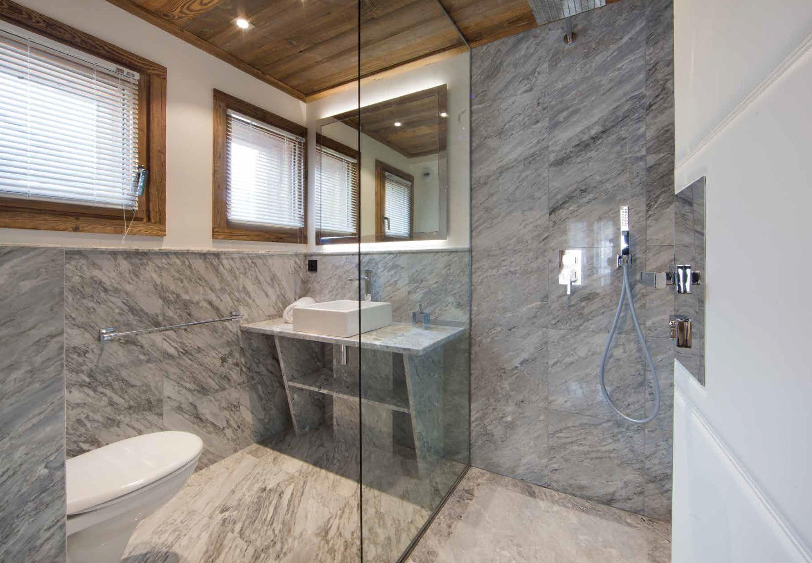 bathroom salle de bain marbre carrare ikone ikhome chalet luxe