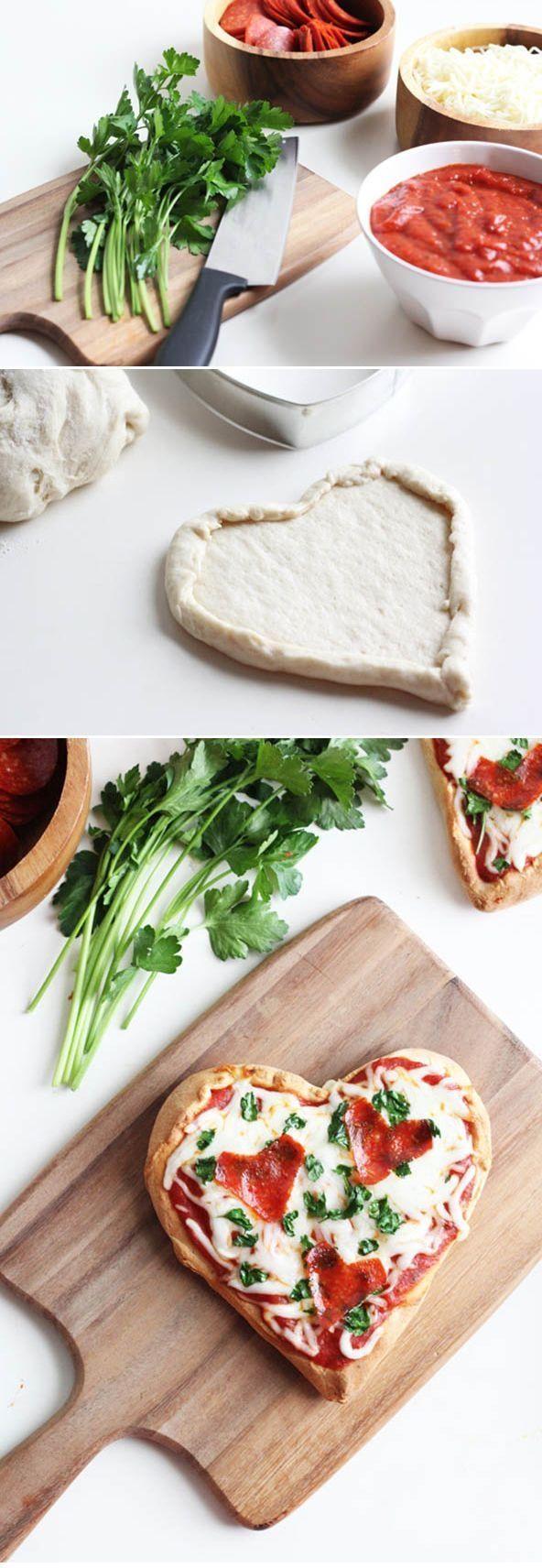 Hausgemachte Herz Pizza Glucklich Valentinstag Pinterest