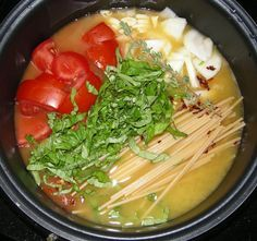 One-Pot Pasta Pomodoro in the RICE COOKER! #ricecookermeals