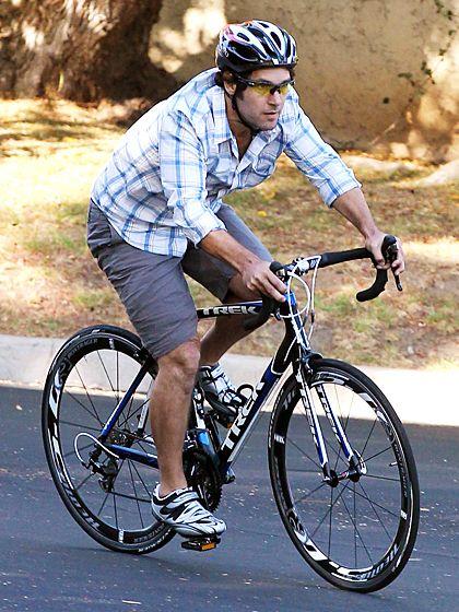 Stars On Wheels Celebrity Bike Style Pinterest Bike Cycling