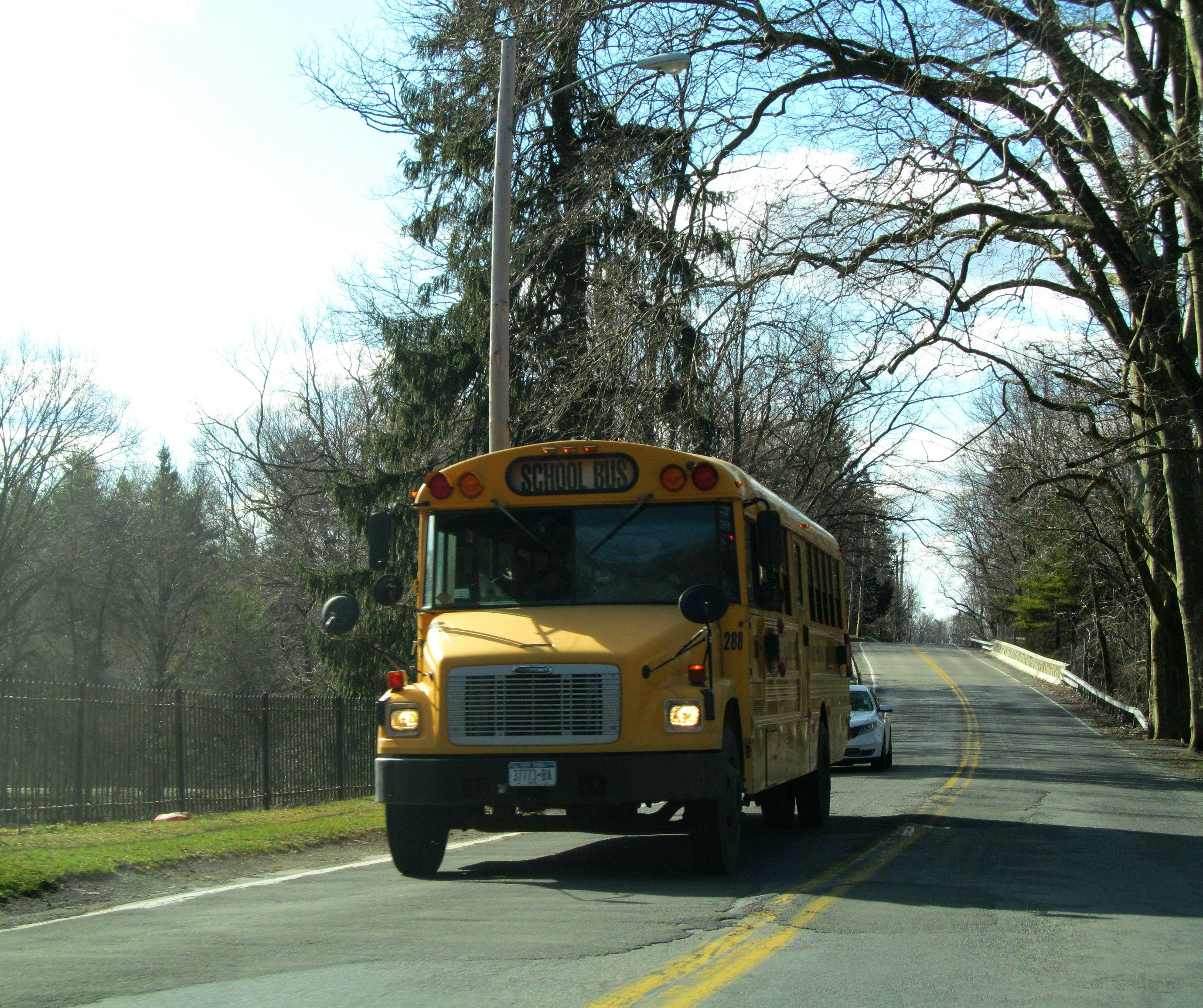 288 looking good school bus bus newburgh ny