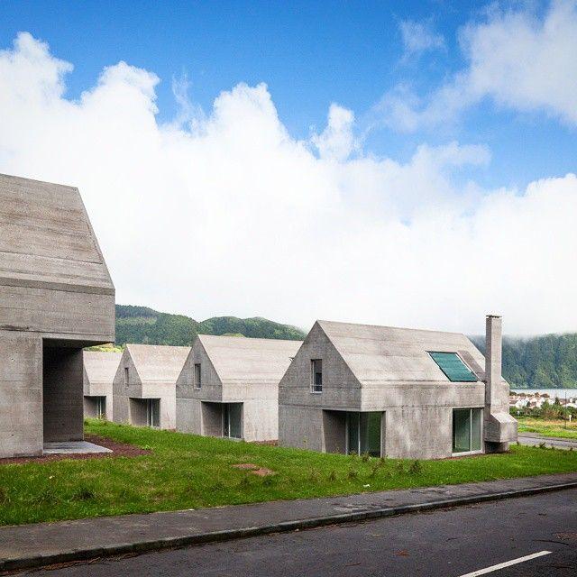 Houses on Lagoa das Sete Cidades - São Miguel, Açores Designed by Eduardo Souto de Moura and Adriano Pimenta