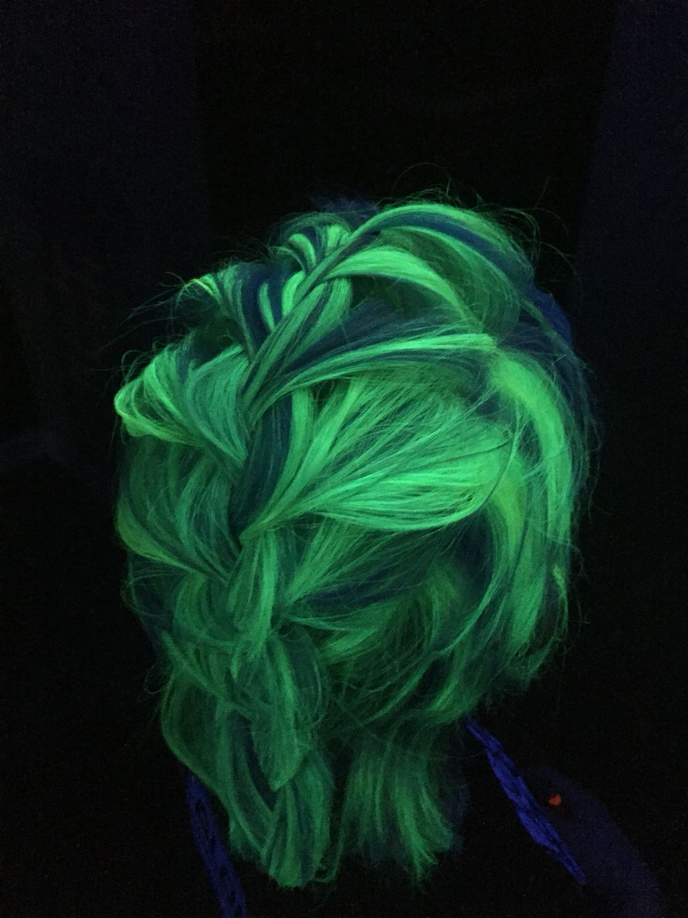 Blacklight Hair Fluorescent Neon Green And Blue And Purple