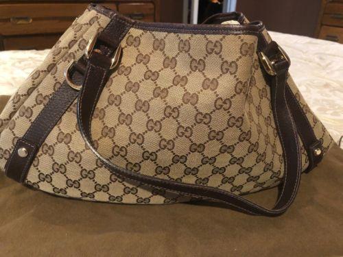 Gucci Handbag Authentic Used
