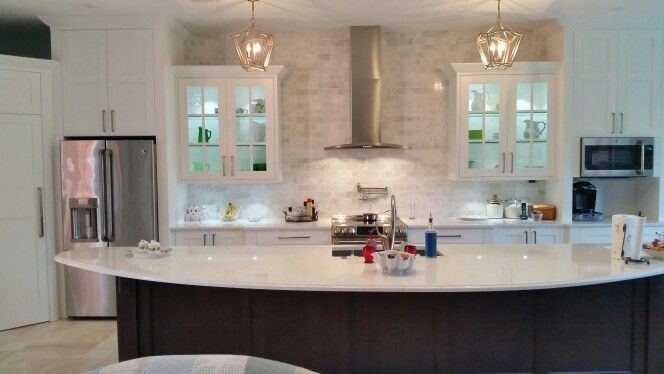 shaker doors with 3 12 stiles and rails white painted cabinetry - Shaker Cafe Ideas