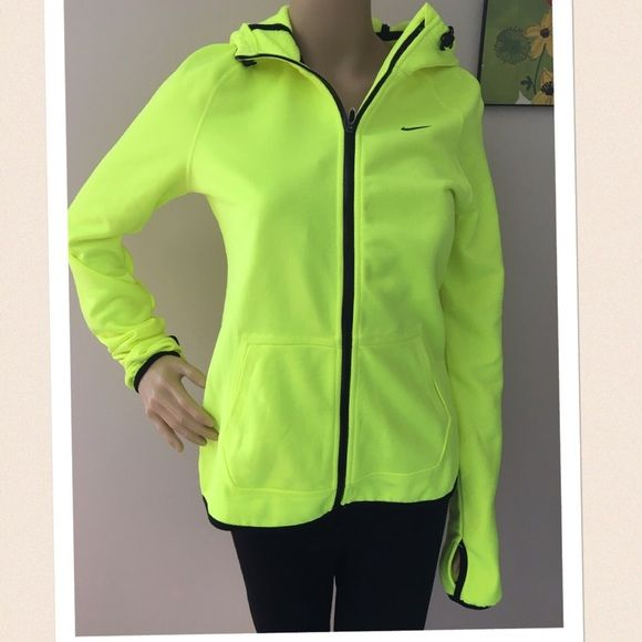 New Nike Therma-fit Training sweatshirt Condition: New with tag retail $80  Note: women's neon bright green black small s jacket hooded hoodie thumb hole all time tech fleece volt  #:104 >>Price is Firm my lowest unless bundle >> $3 off additional item.  Check my other listing and save combine discount. Available styles , sizes and colors  I also sell this Brands Nike Buckle Levi's Guess Miss Me Rock Revival  MK Michael Kors Coach Pink Vs Logo victoria Secret Lucky Brand north face uggs etc…