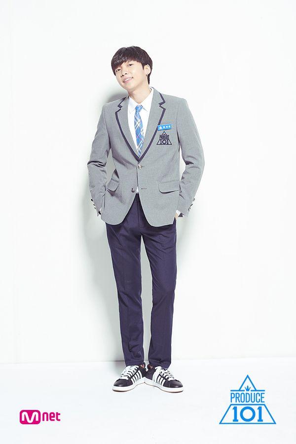 2018 年の produce 101 season 2 trainee profile photos jeong dongsoo