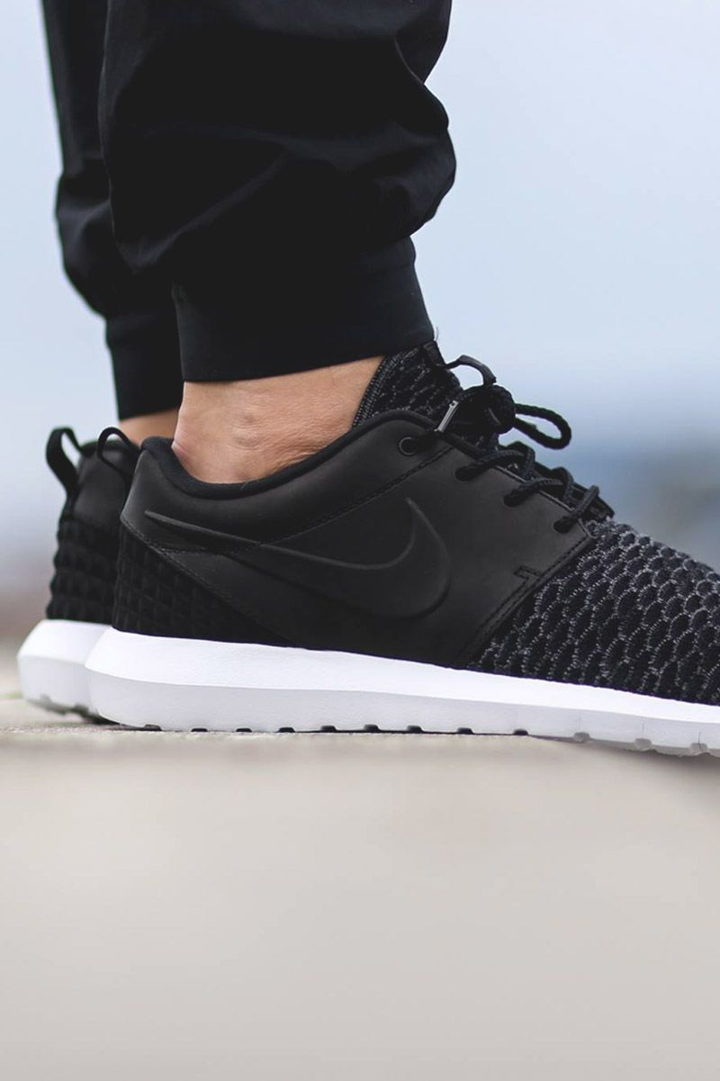 brand new 132d9 f7a23 Premium Roshe One Flyknit Black, Grey   White