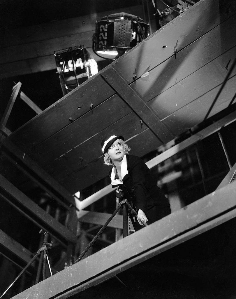 Bette Davis, 1933