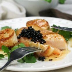 scallops & watercress with balsamic vinegar pearls