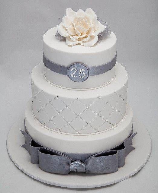 Anniversario Di Matrimonio Idee Per Festeggiare.25 Anni Di Matrimonio Consigli E Idee Per Festeggiare Le Nozze D