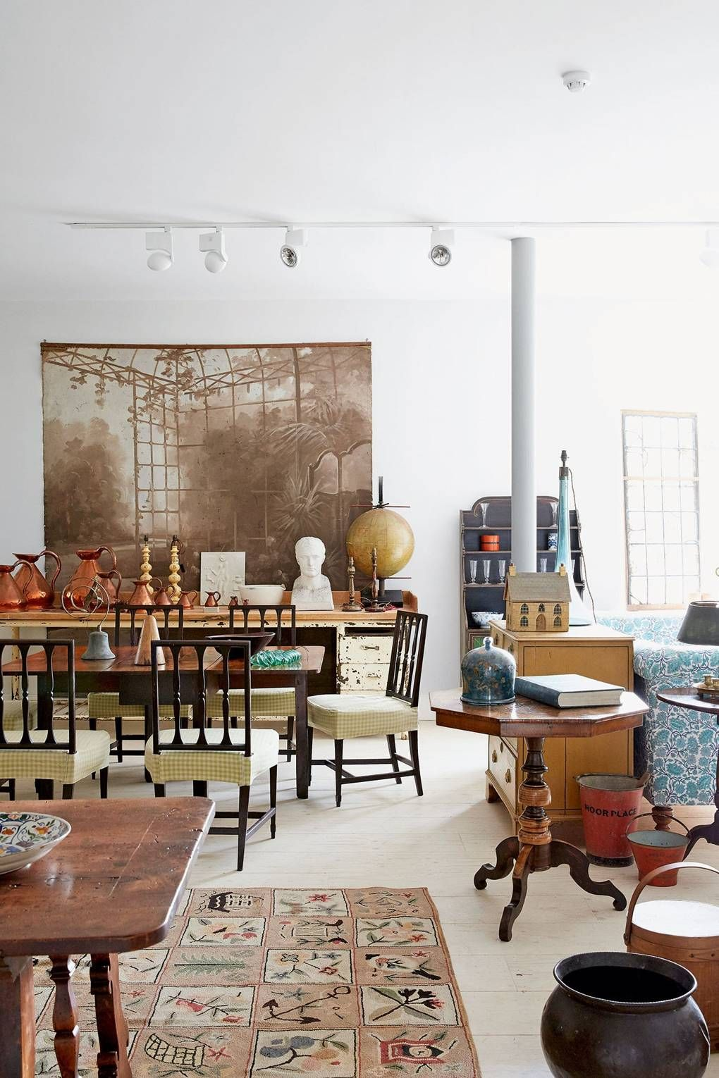 The Marvellous Home And Studio Of Antique Dealer And