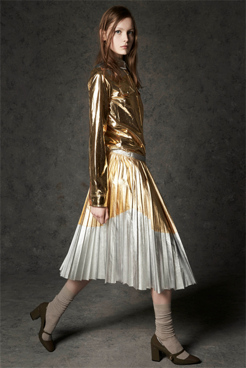 Pre-Fall 2016 Trend: Pleated Skirt - Temi pre-fall 16-17: gonna a pieghe - Vogue.it