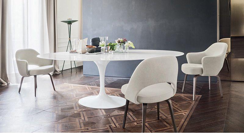 Saarinen Tafel Ovaal : Tulip table and tulip chair by eero saarinen from find me the