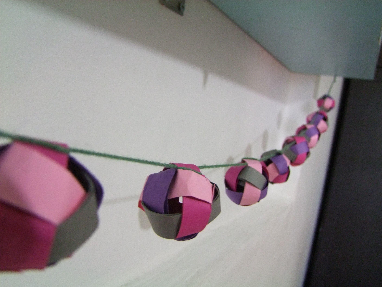 weaved paper ball garland work out pinterest paper