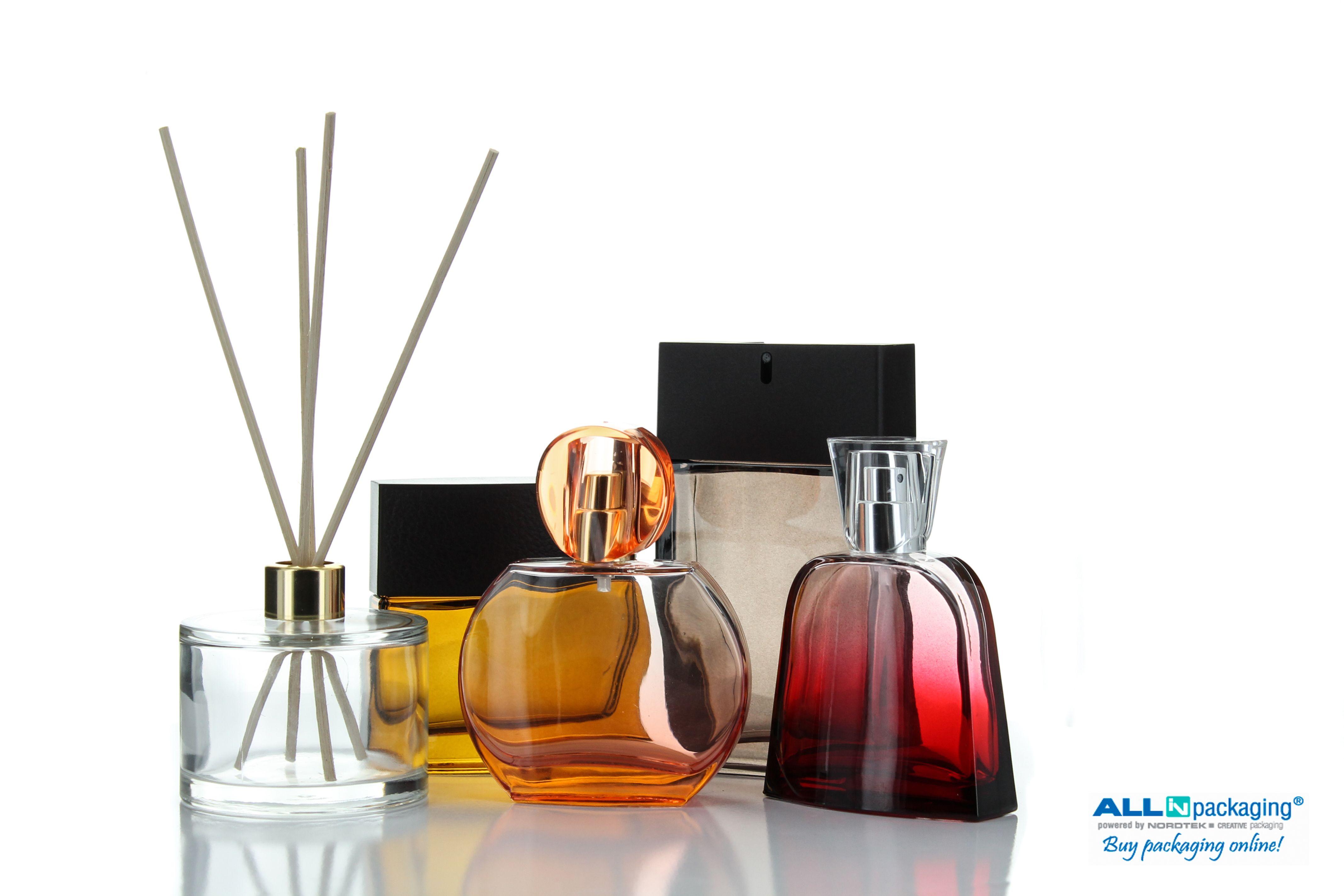 Autumn set for perfume and air freshener. Minimal