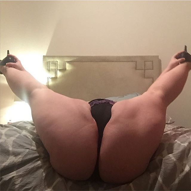 black bbw Flexible