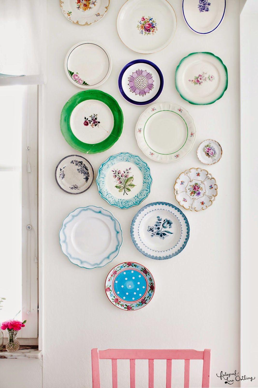 Des Assiettes Collectionner Nombreuses Et Disposer Au Mur  # Rangements Assietes Modernes
