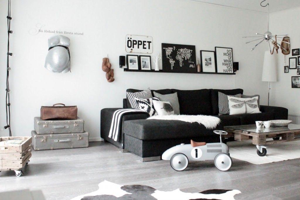 Zwart wit interieur woonkamer scandinavisch for Scandinavisch design bank