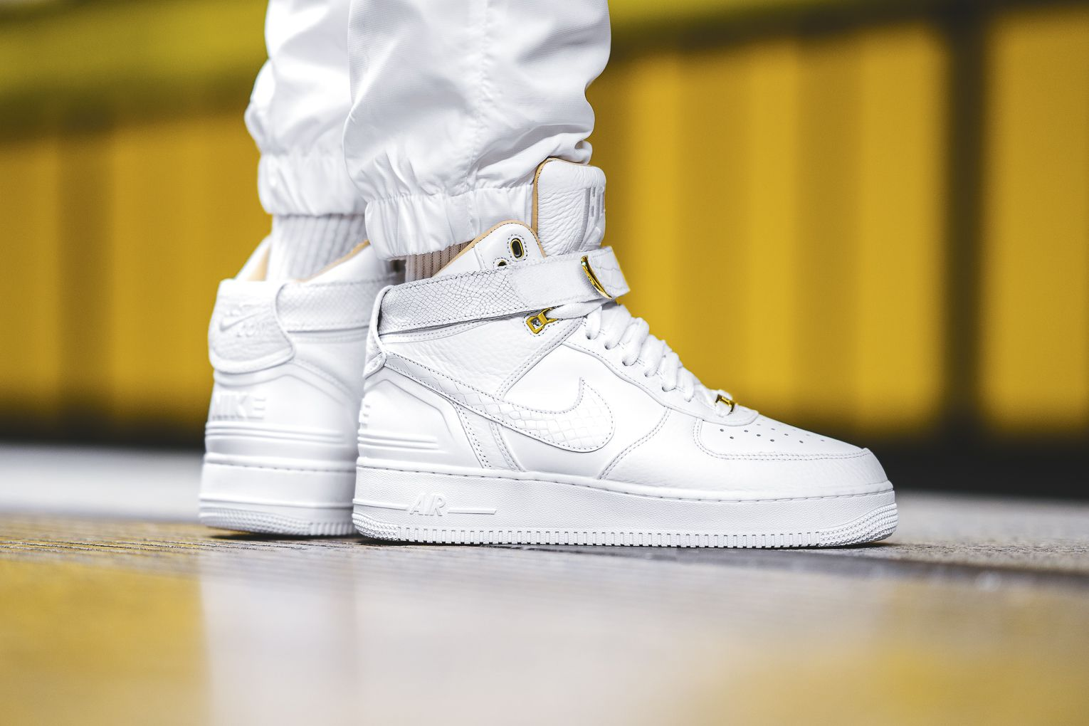 Aspirar Relámpago regular  An On-Feet Look At The Nike Air Force 1 High Just Don • KicksOnFire.com | Nike  air, Nike air force, Nike