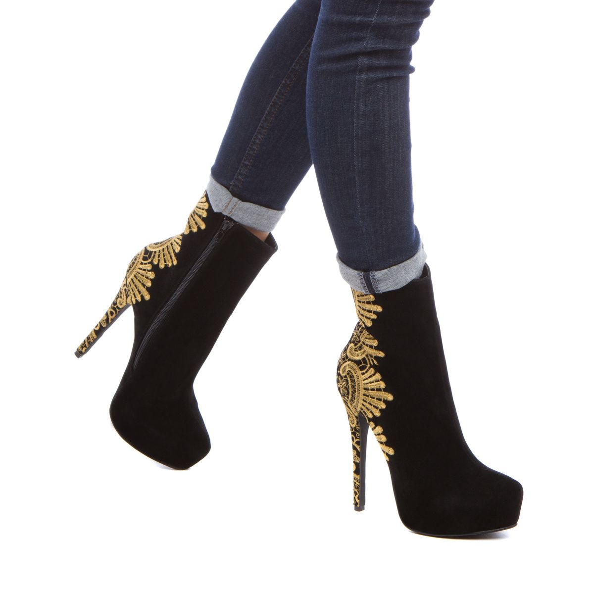 Alona - Hot boots for the chilly season #clicktoget #giftsforher
