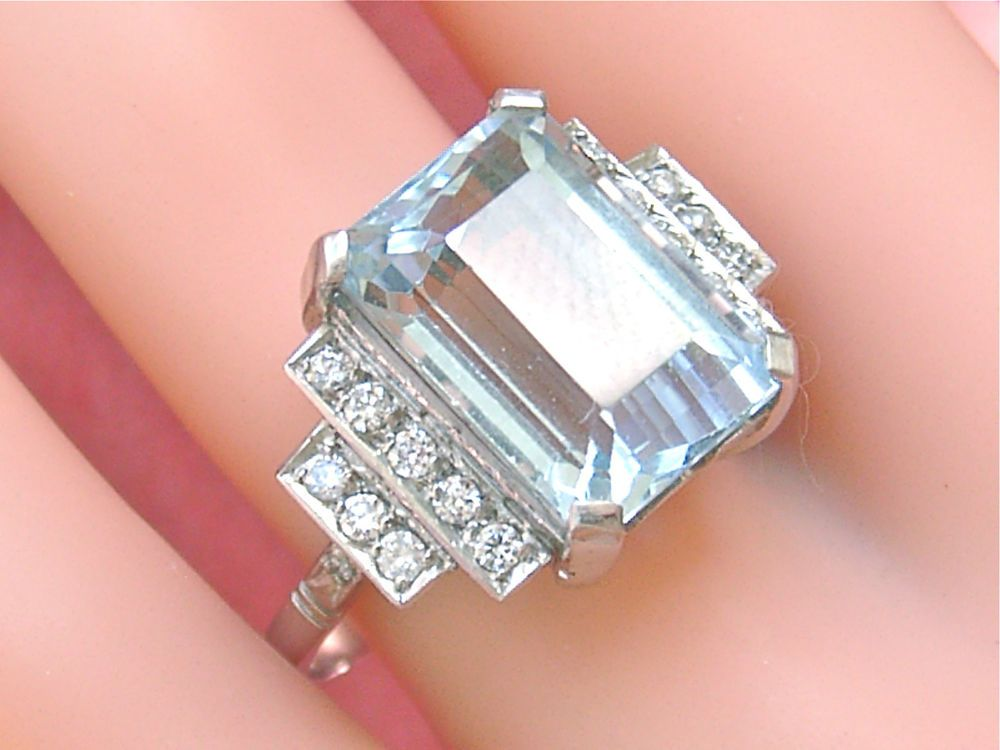 Vintage Art Deco 10 Carat Aquamarine 44ctw Diamond Platinum Cocktail Ring 1950 Vintage Inspired Jewelry Vintage Art Deco Rings Art Deco Diamond Jewelry