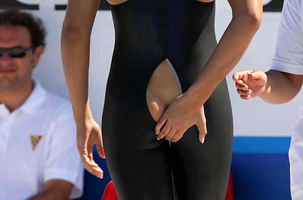 Oops some thing got wrong for this olympic swimmer in the - Swimming pool wardrobe malfunction ...