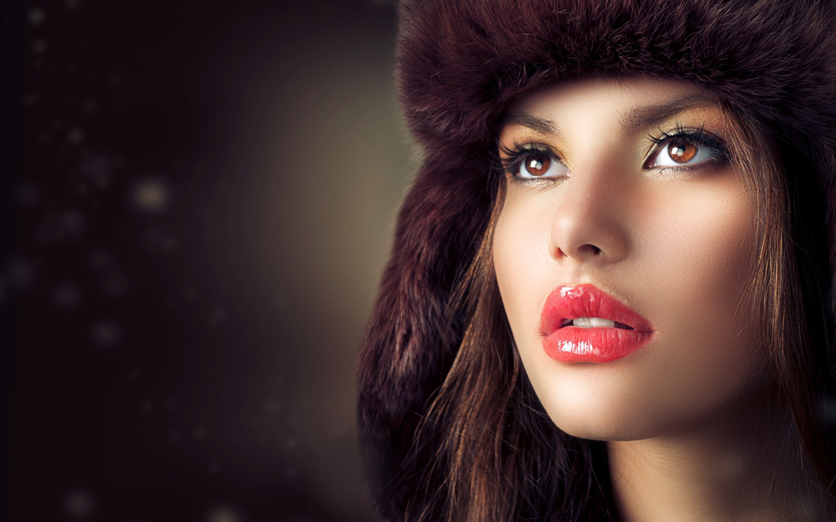 Beauty Fashion Model Girl With Hat HD Wallpaper