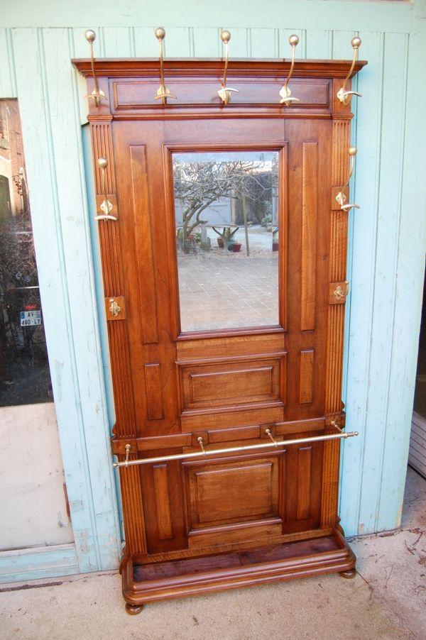 Vestiaire Porte Manteaux En Noyer Fin Du 19e Siecle Antiquites Rousseau Proantic Meubles Victoriens Meuble Entree Mobilier De Salon
