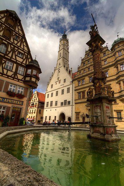 Georgsbrunnen Rothenburg ob der Tauber, Bavaria, DE