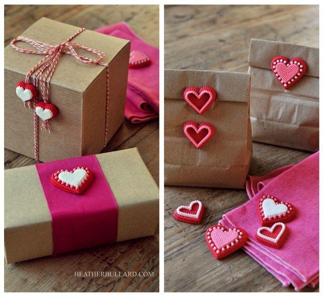 Cake Decor Hearts : Use cake decorating candy hearts to embellish plain paper ...