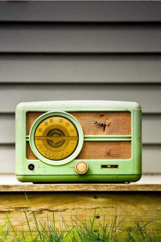 Mobile Radio Iphone Retro Vintage Hd Wallpapers Iphone Wallpaper Pink Wallpaper Iphone Gold Wallpaper Iphone