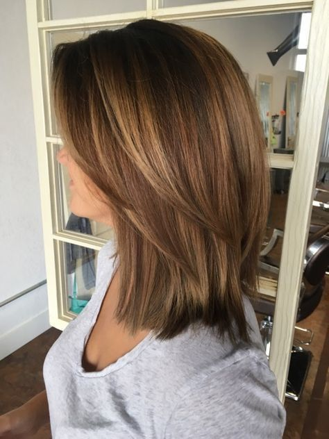 33 Cute Medium Length Layered Hairstyles For Women In 2019 In 2020 Hair Lengths Medium Hair Styles Medium Length Hair With Layers