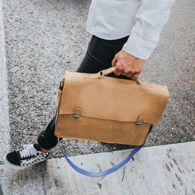 9ddac4f8131 Stijlvolle business tas met laptopvak voor een 13,3 inch laptop of MacBook.  De