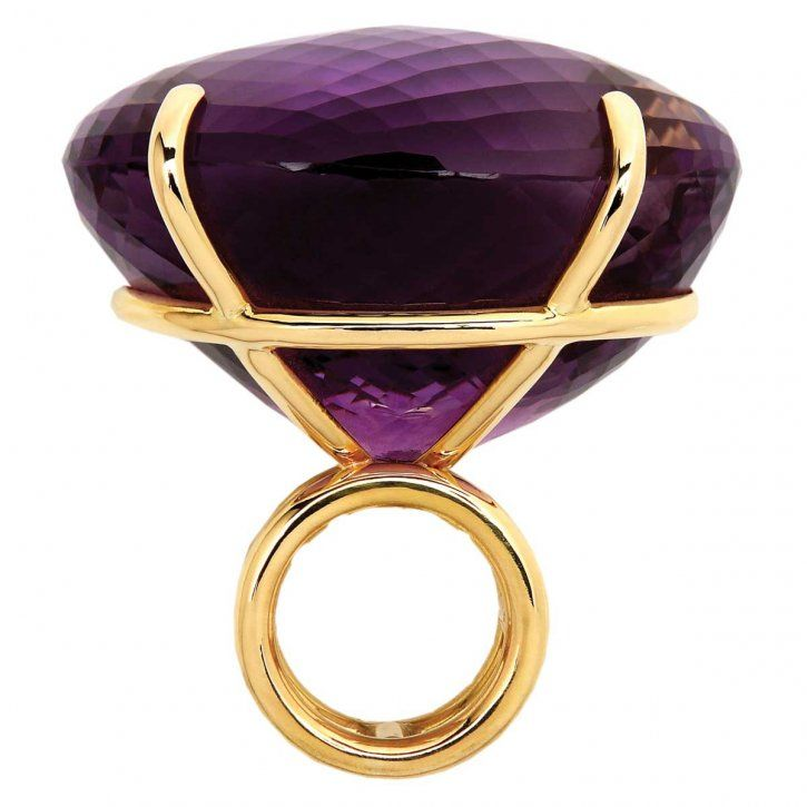 Amethyst and gold ring by Elena Votsi (Boy, that could be registered ...