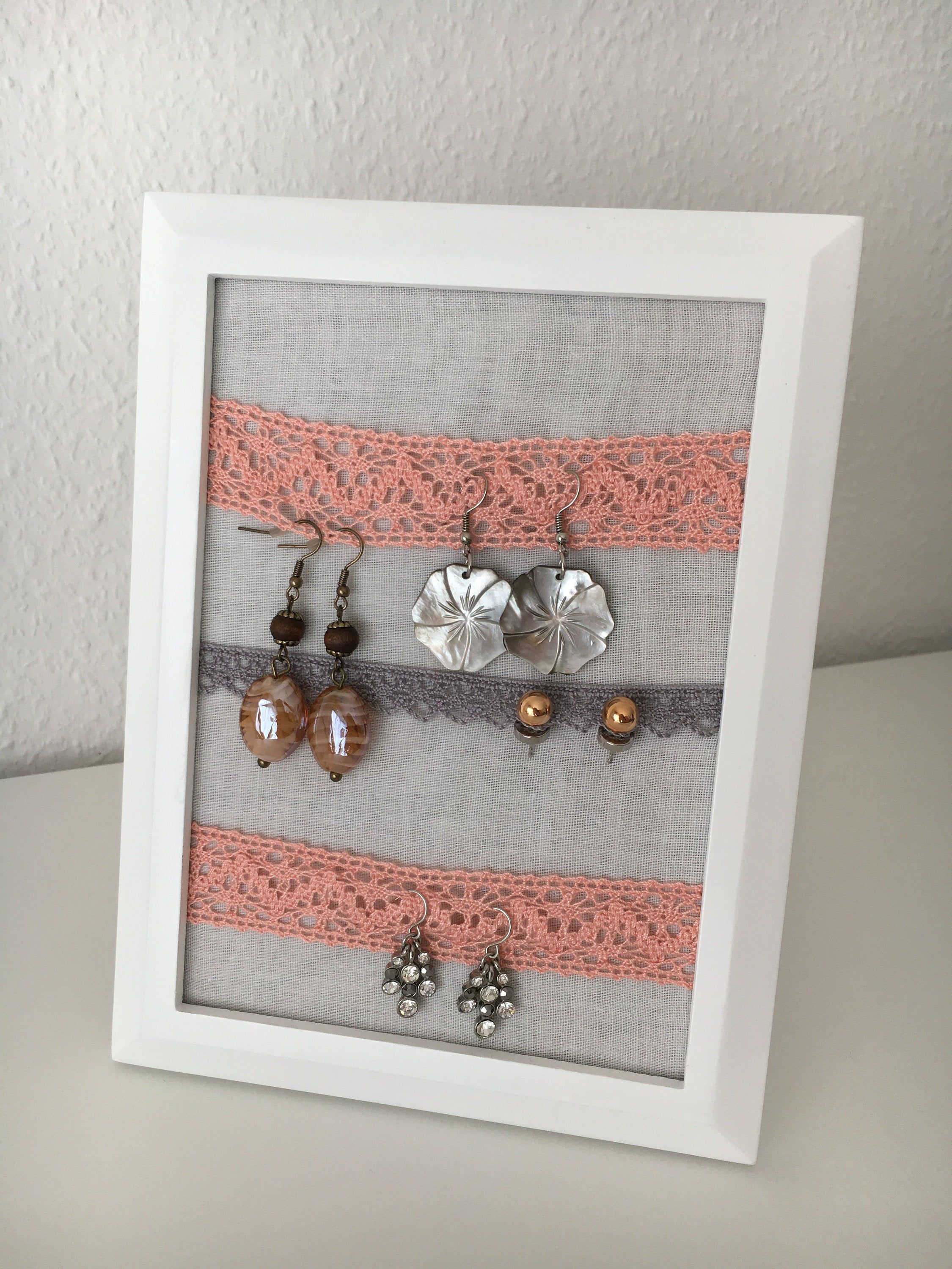 Photo of Jewelery stand for earrings